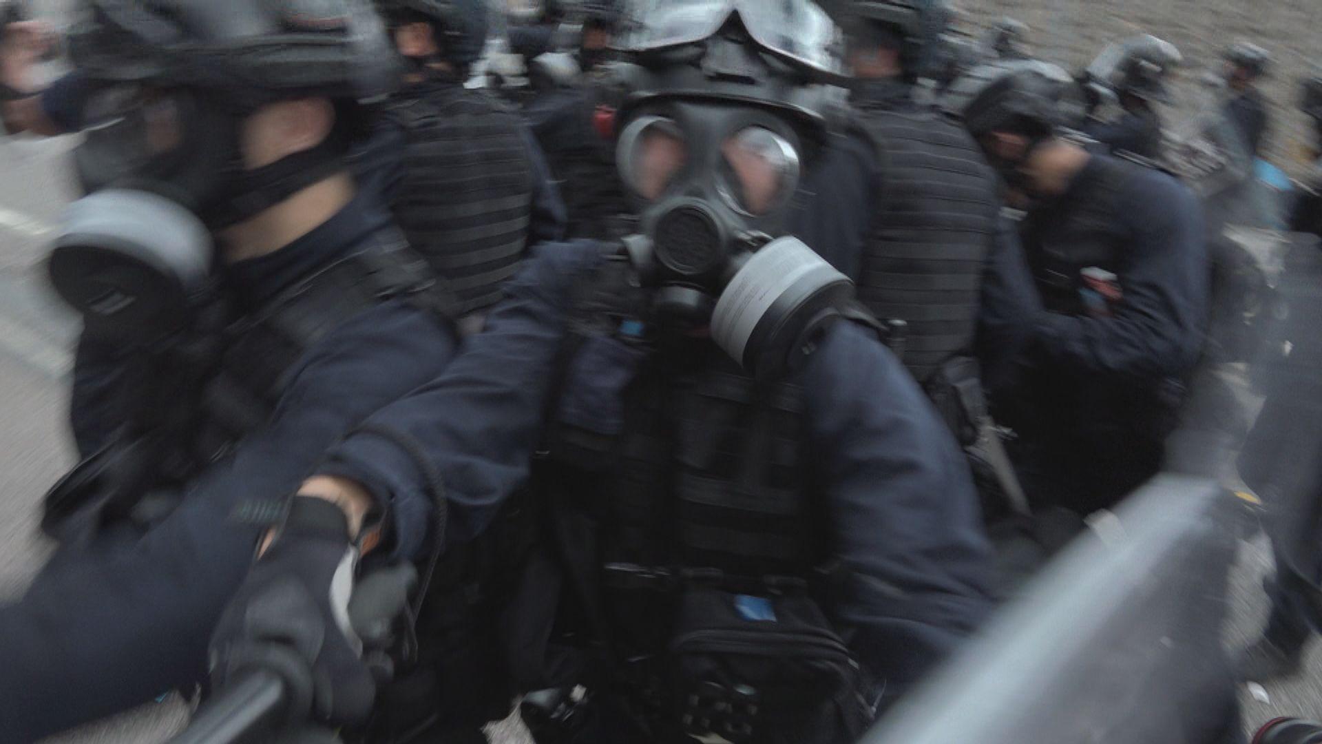張華峰:要確保警員執法無後顧之憂 展示委任證不公平