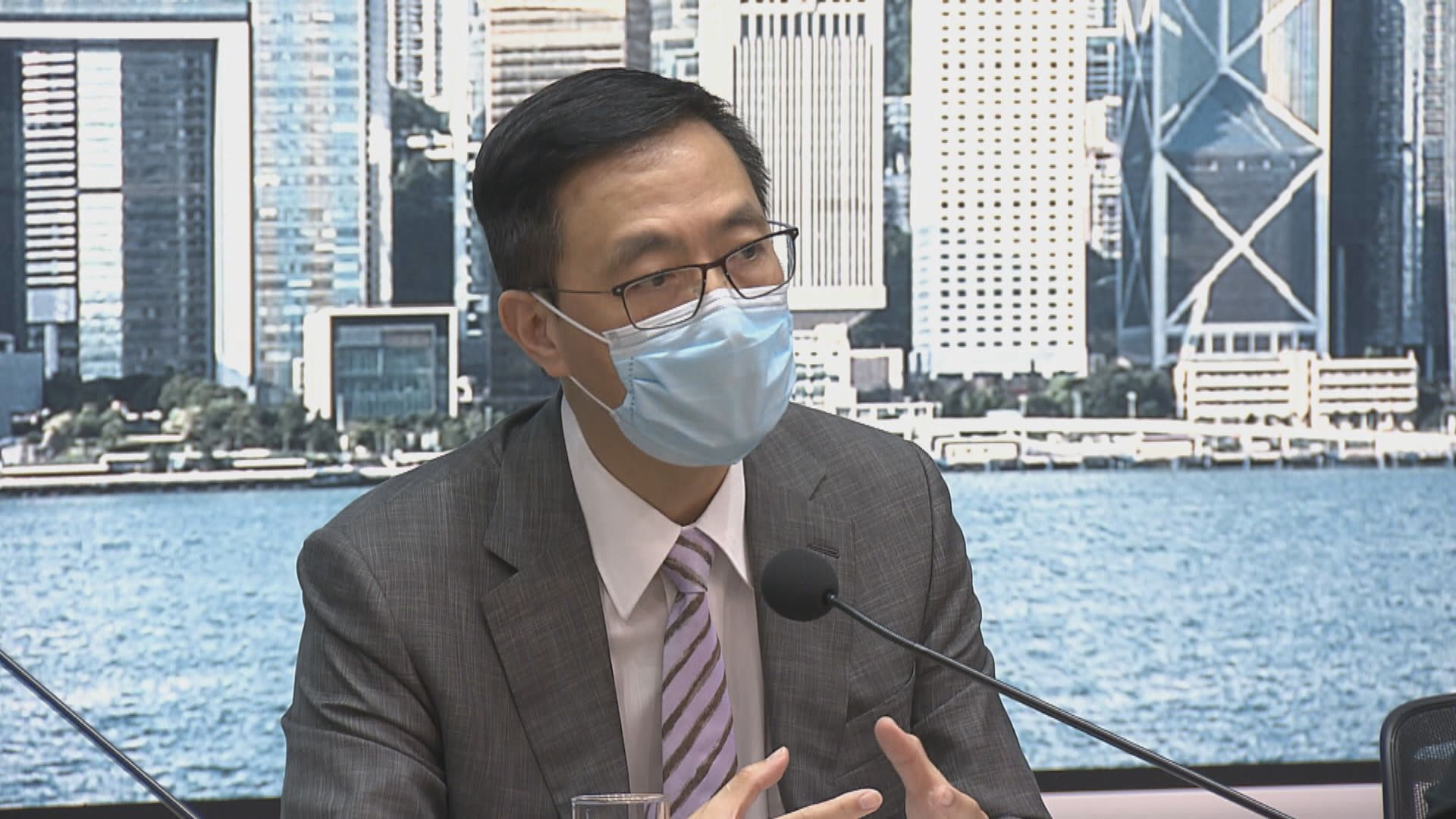 楊潤雄:「釘牌」懲處為保障學生利益