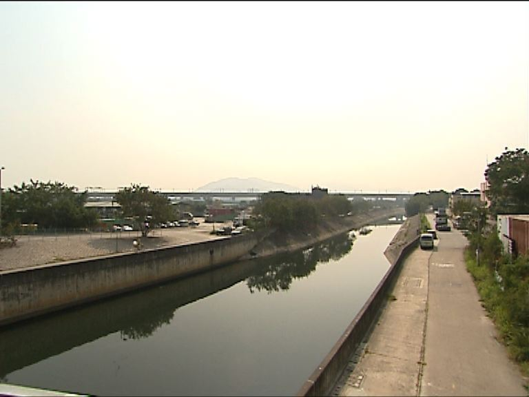 陳茂波:開發棕地是發展洪水橋的挑戰