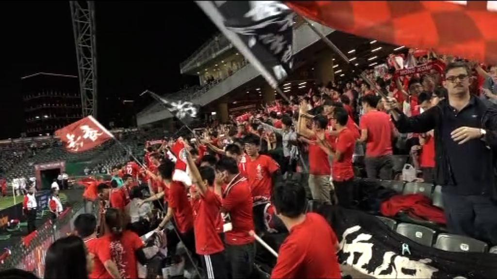 梁愛詩:球迷噓國歌行為「好蠢」