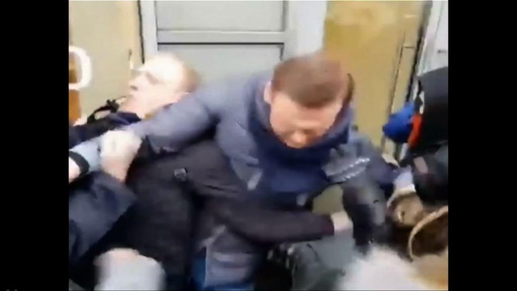 俄反對派領袖納瓦爾尼被捕