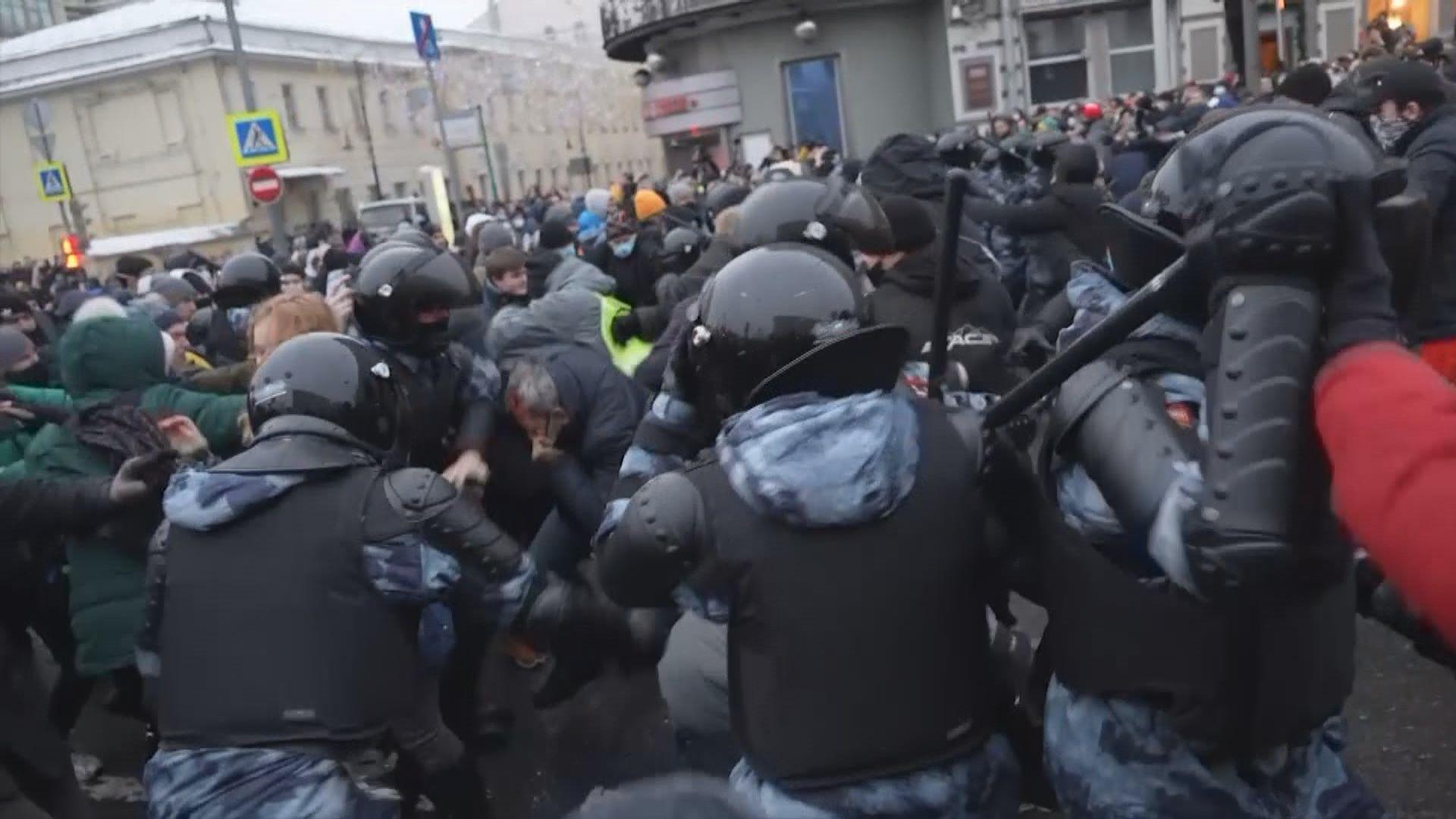 俄羅斯宣布驅逐三國駐俄外交人員 指有份參與非法示威