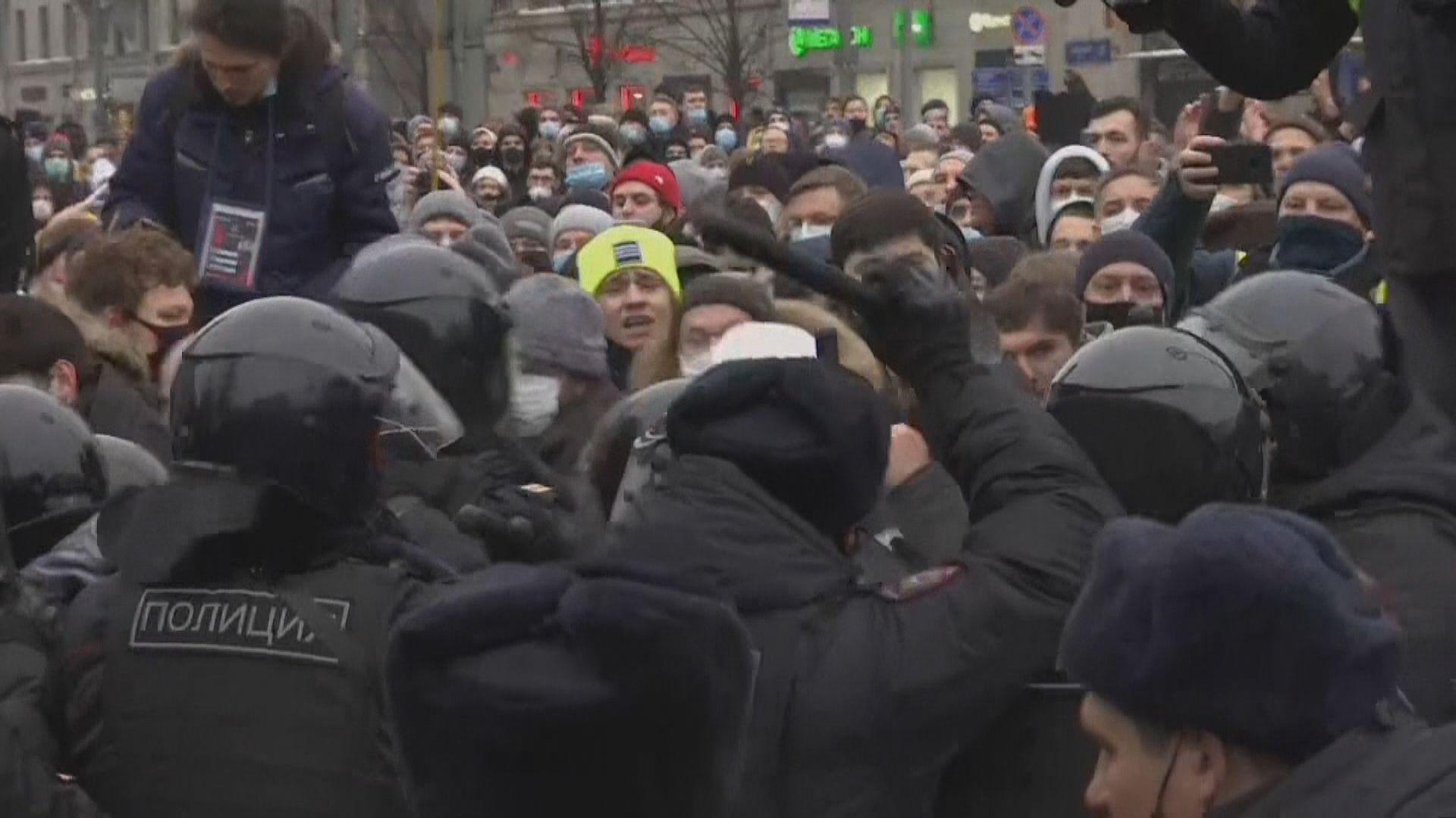 美國國務院譴責俄羅斯以嚴苛手段打壓示威者和記者