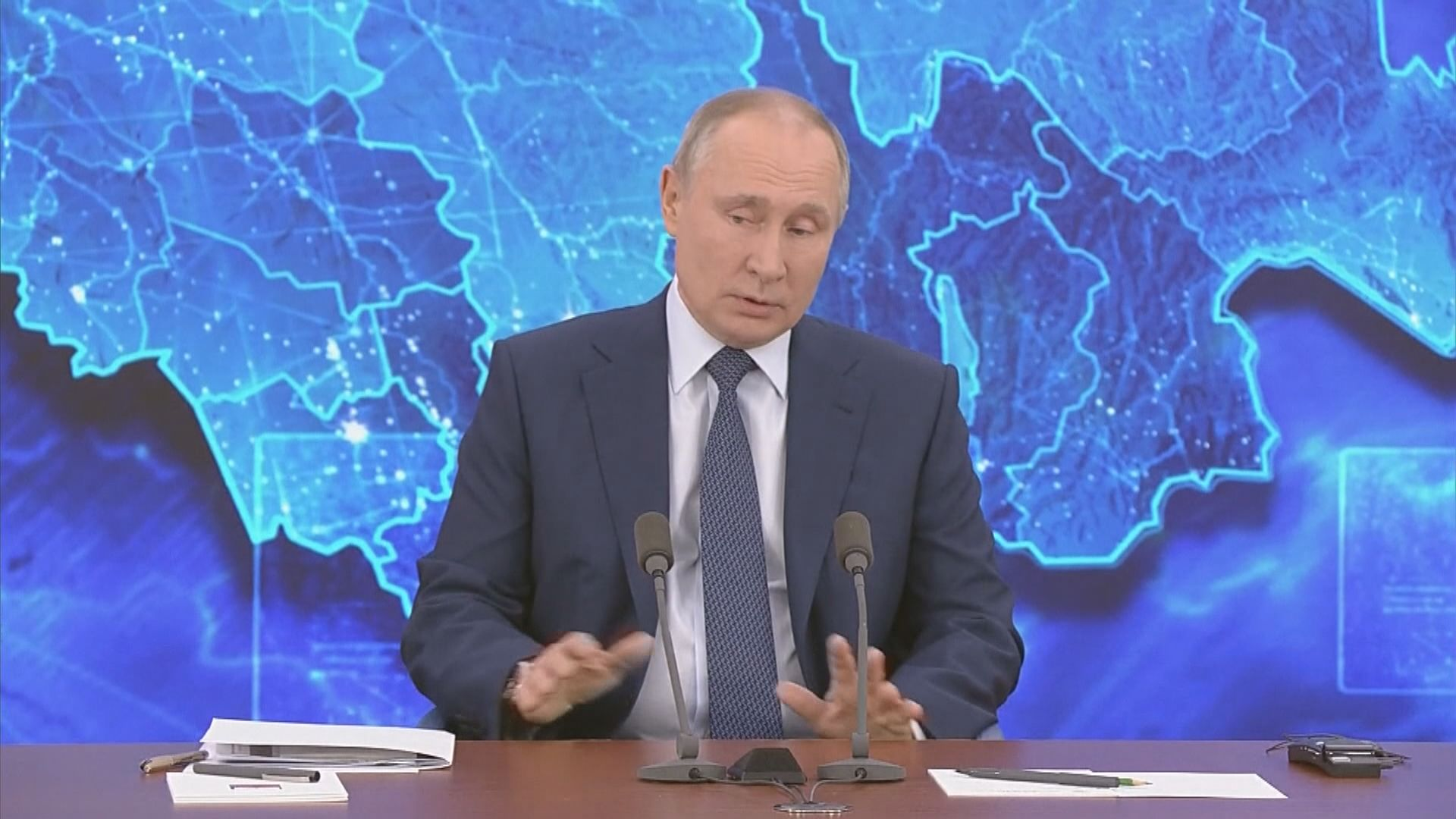 普京稱仍未決定是否競逐連任