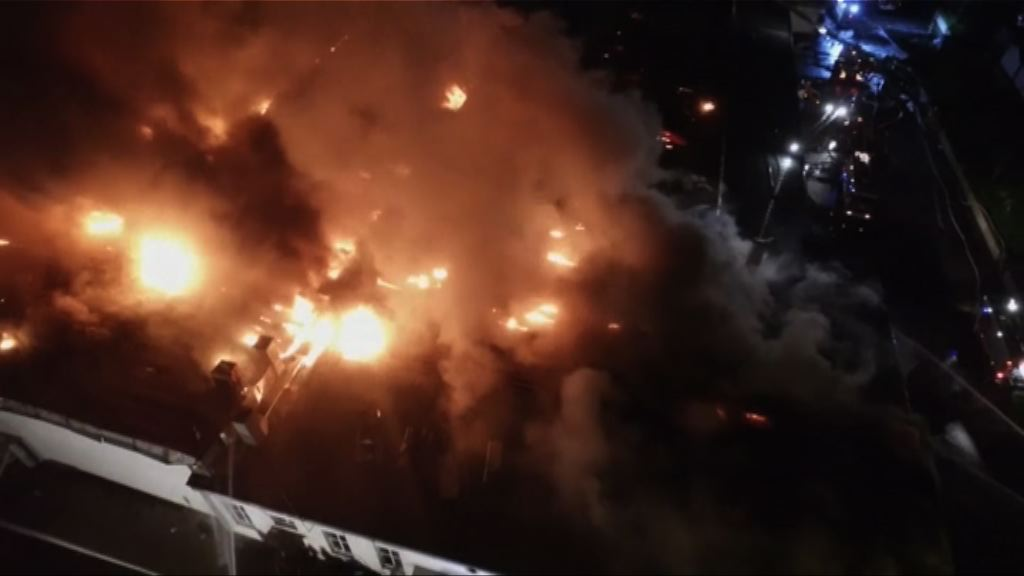 莫斯科倉庫大火 八名消防員殉職