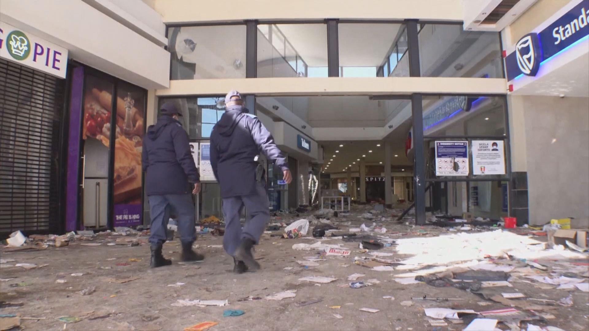 南非騷亂持續 逾70人死亡