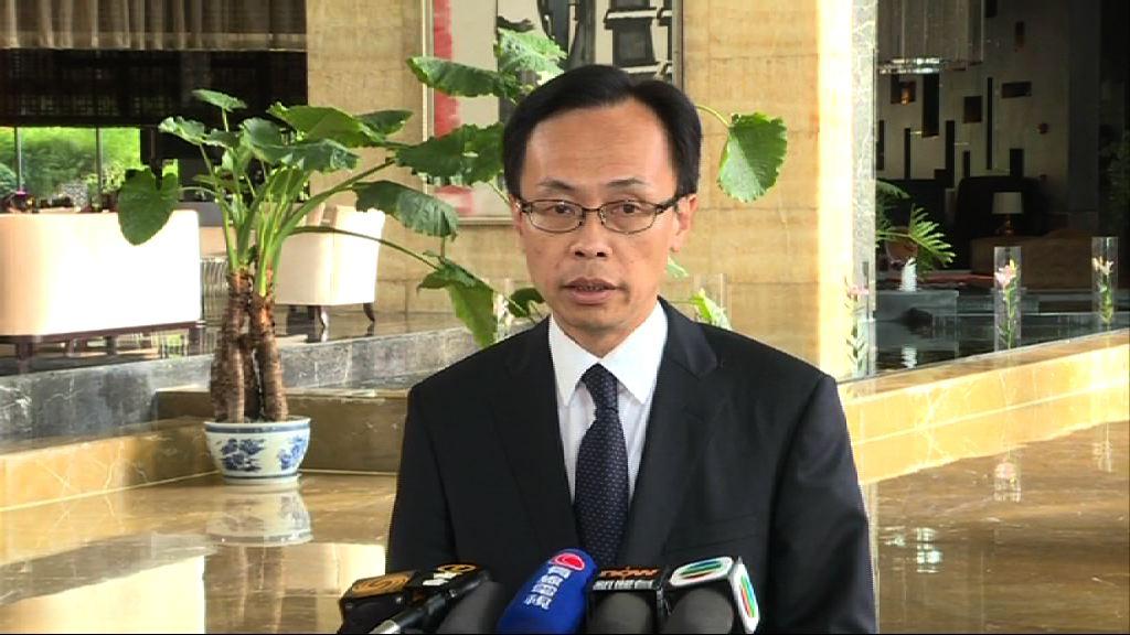 本港記者四川被打 聶德權:政府關注並已跟進