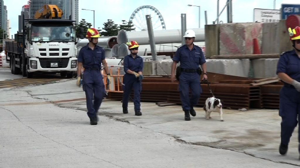 習近平訪港 警方繼續在灣仔布防及搜查