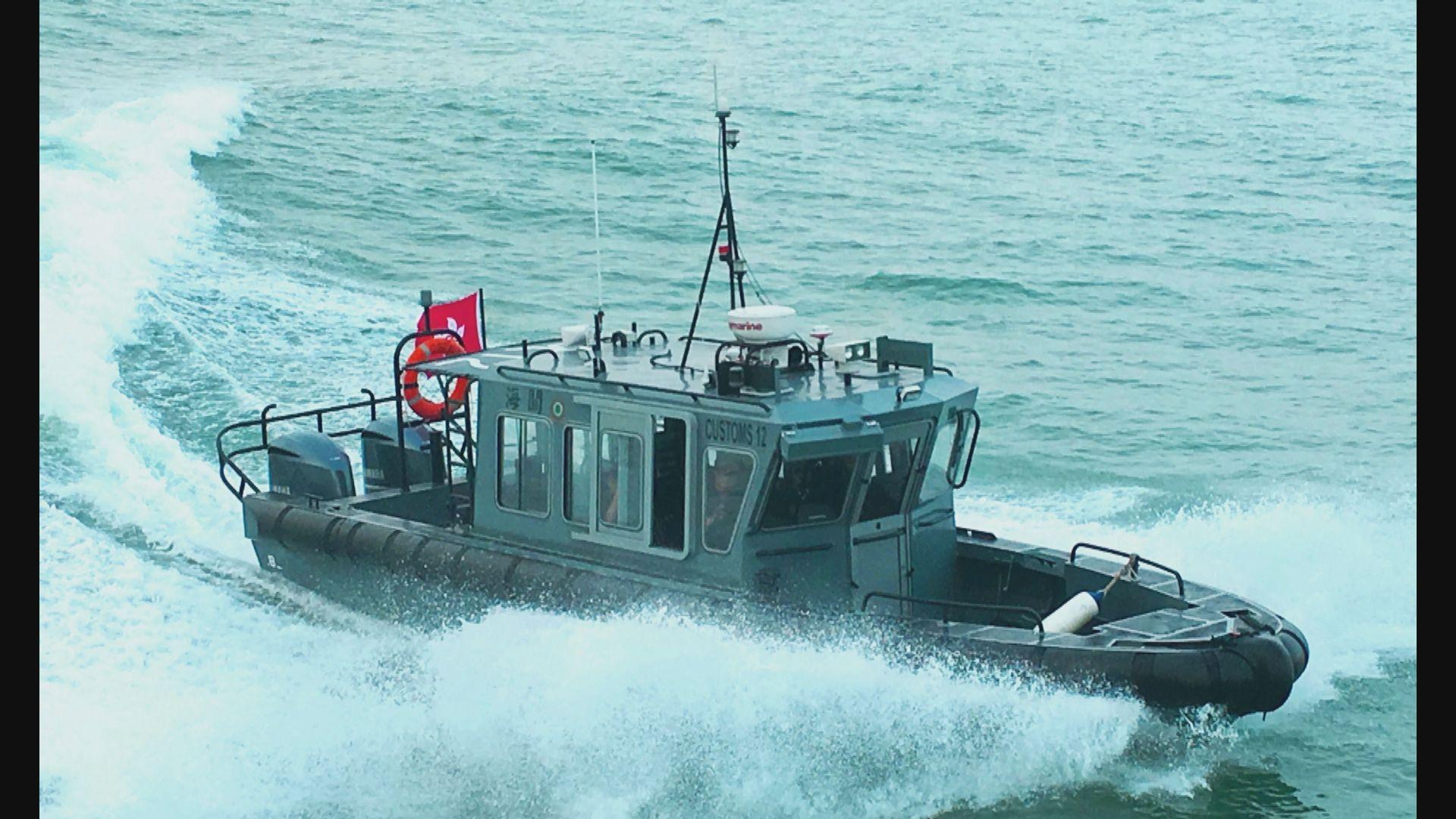 李家超:海關巡邏船因受到撞擊而出事