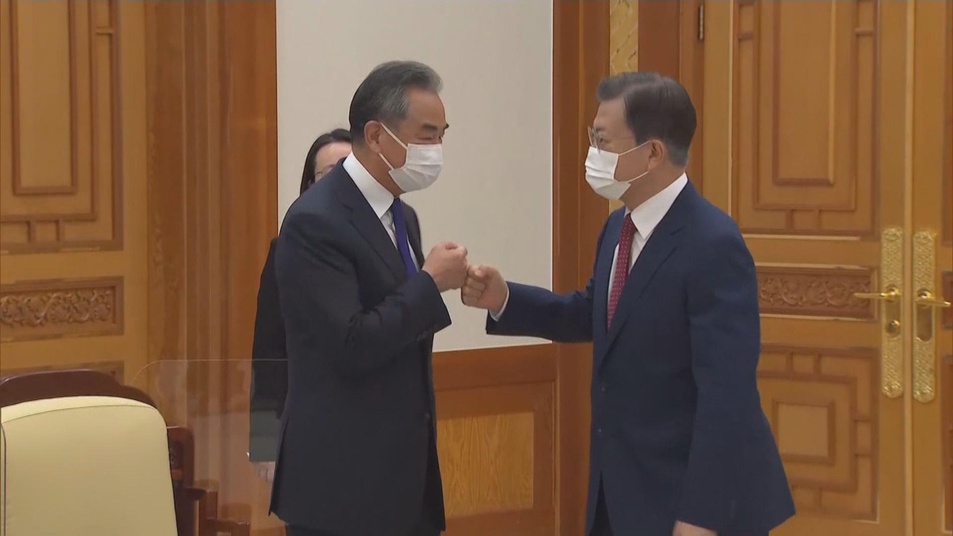文在寅指韓中兩國應共建更成熟的關係