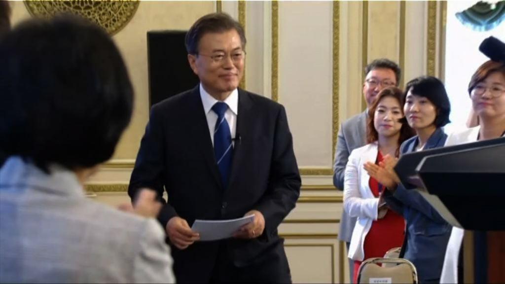 文在寅積極推動美國和北韓對話
