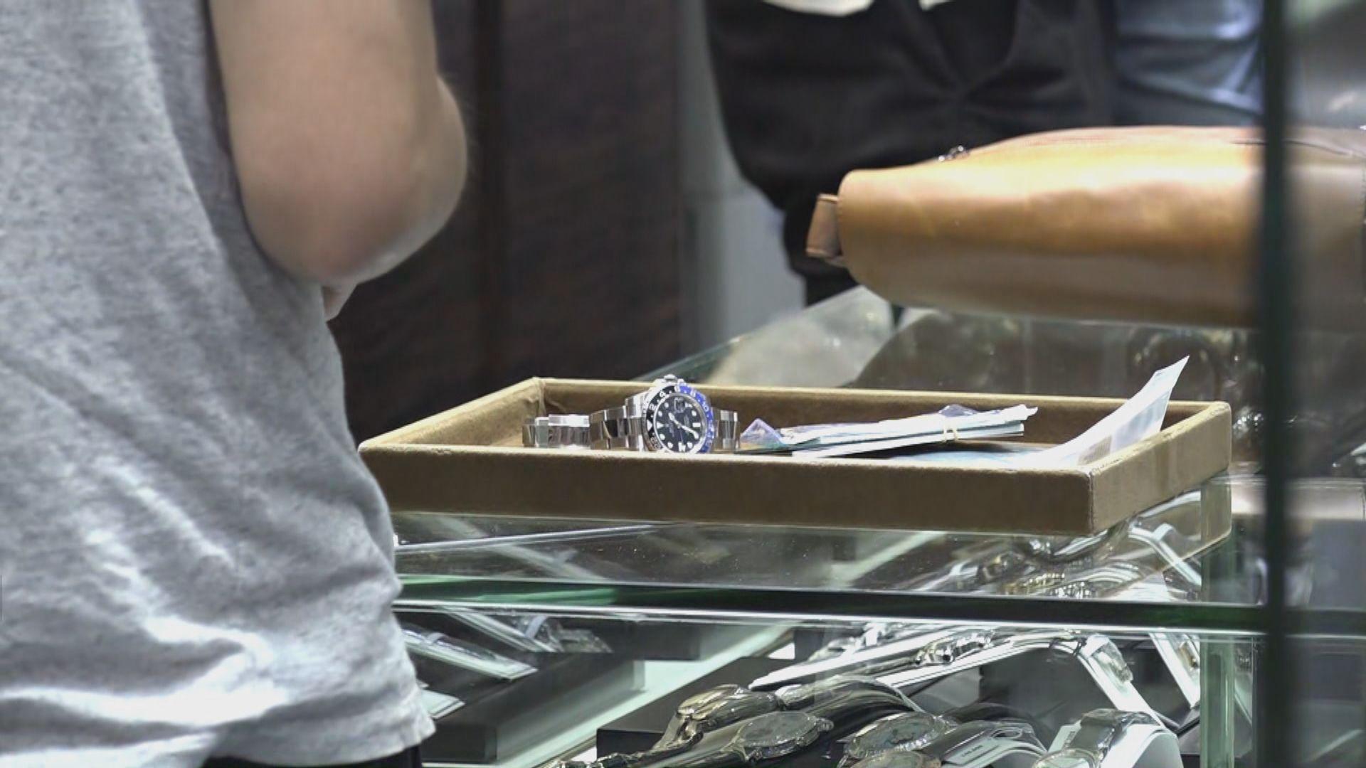 尖沙咀表行被搶走兩隻手表損失逾一百萬元