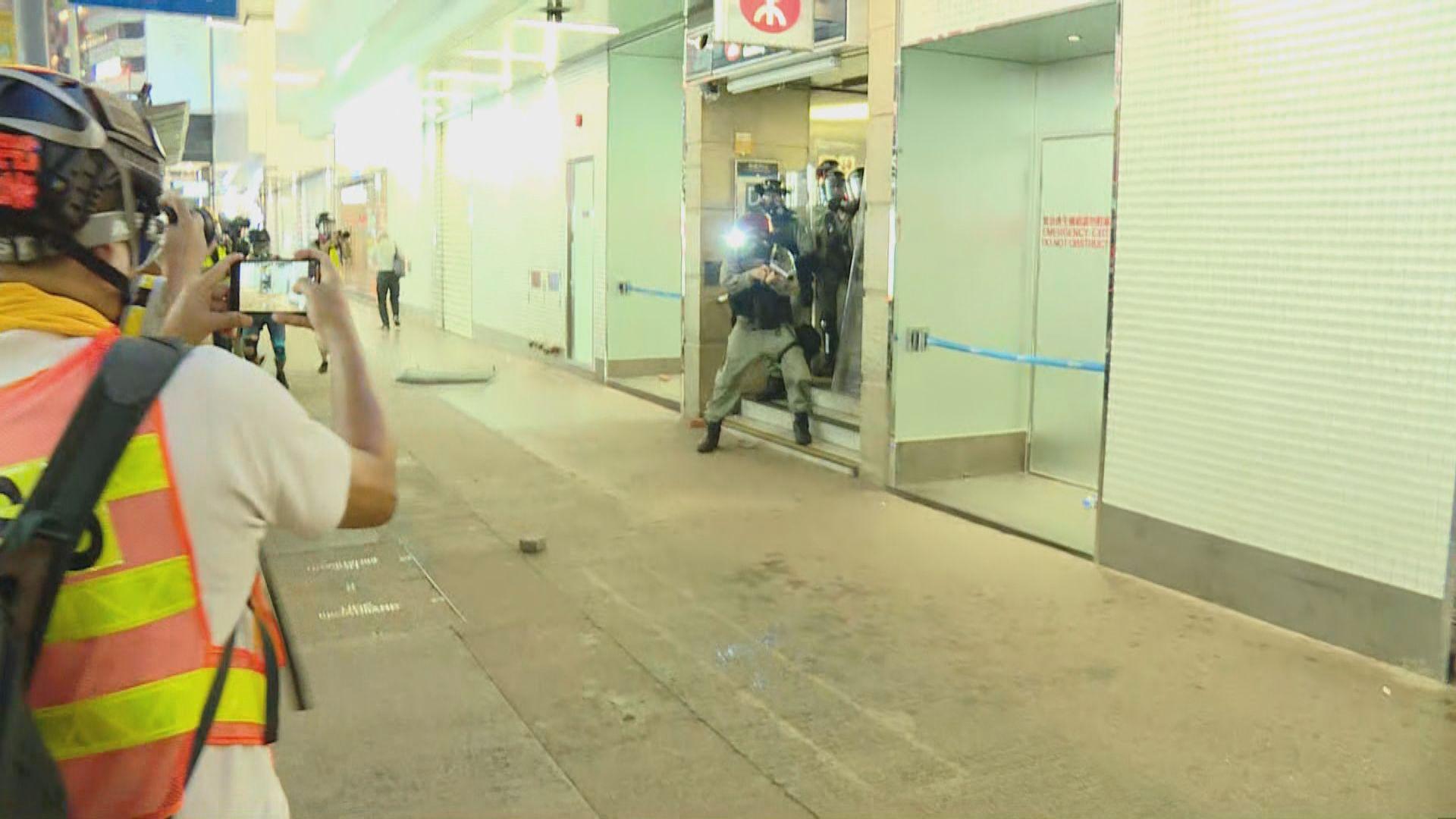 警方銅鑼灣施放催淚彈驅散示威者