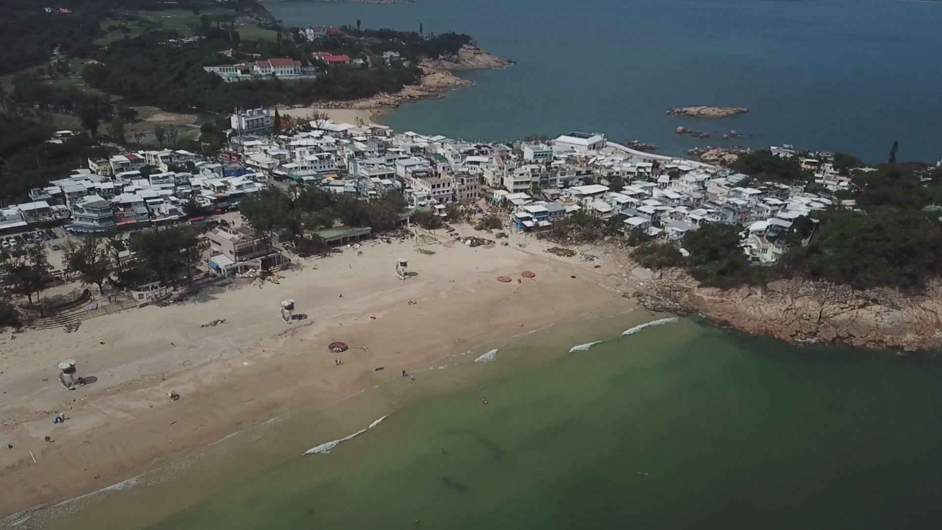 深水灣石澳污水喉管受損溢出污水