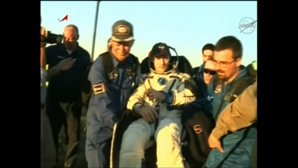 兩太空人乘聯合太空船返航 安全着陸