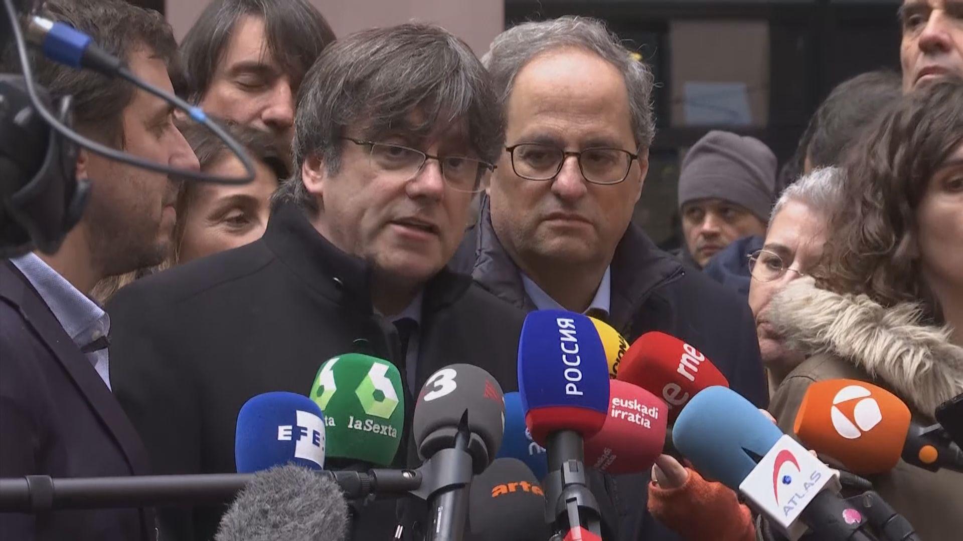 西班牙巴塞羅那有示威聲援前自治政府主席