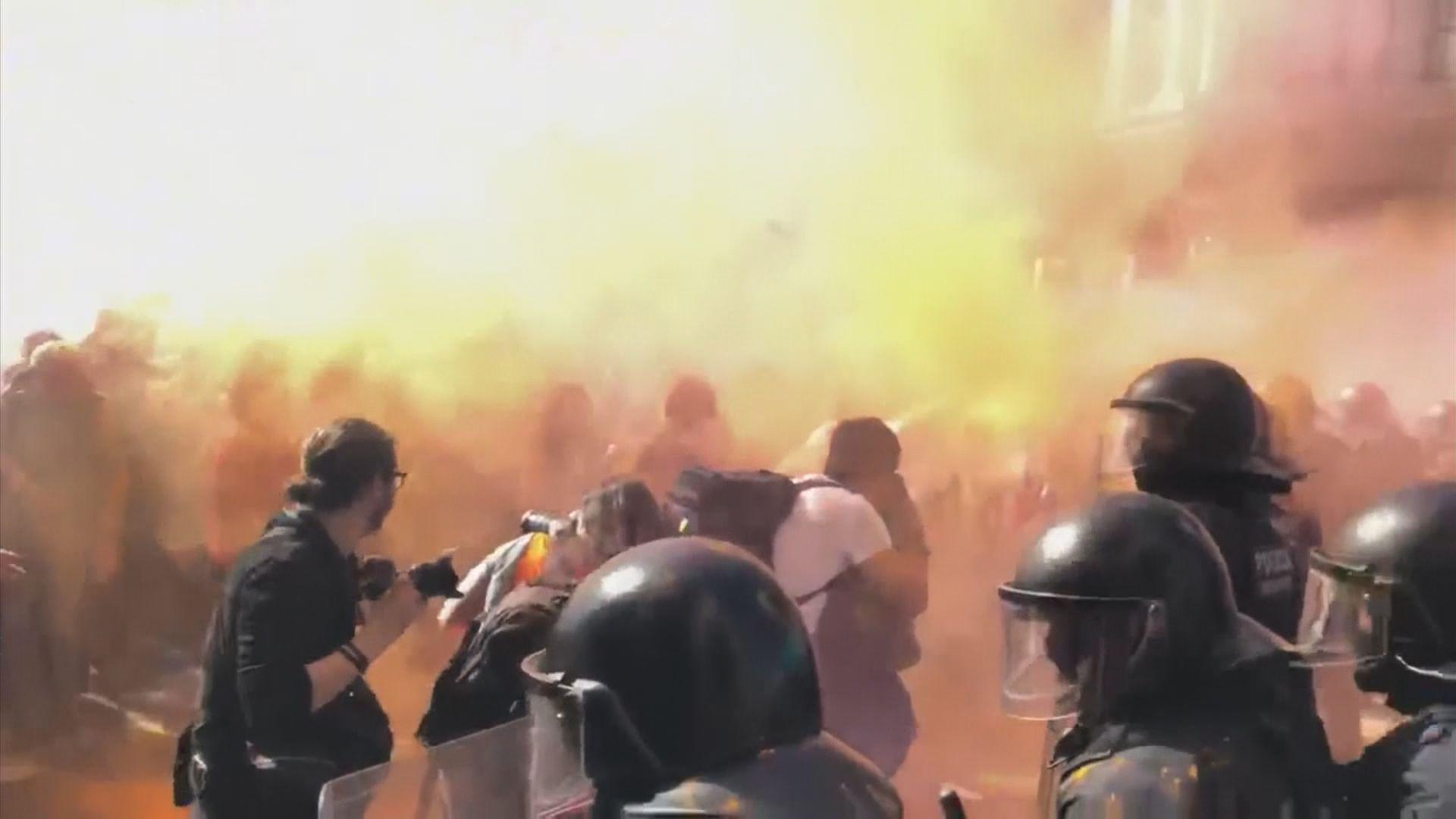 支持加泰獨立民眾與警衝突 多人被捕