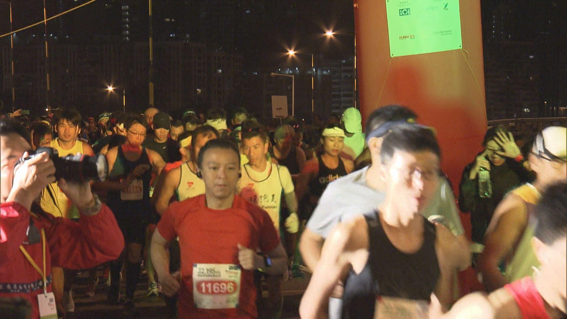 香港街馬清晨舉行多項賽事