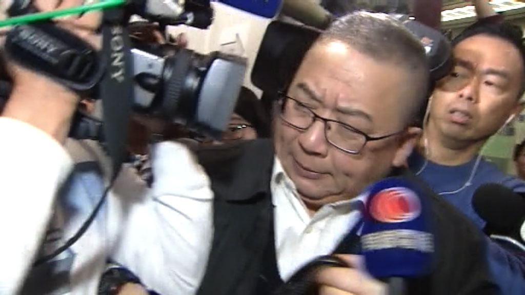 海麗邨工人罷工 民順代表與記者推撞被捕