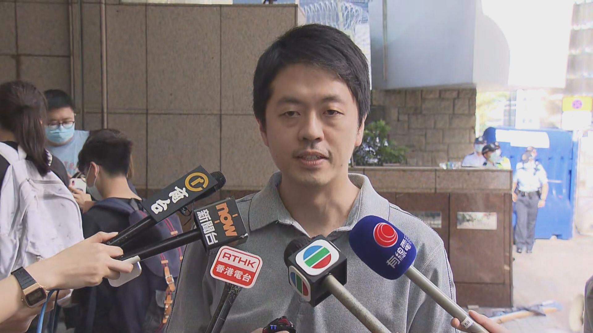許智峯認為警方針對早前入稟私人檢控 採取報復式拘捕
