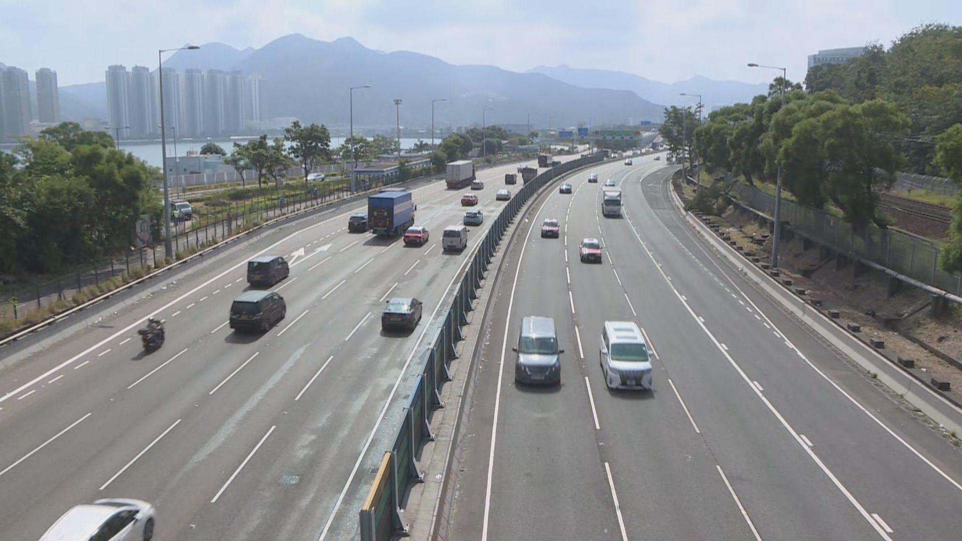 中午十二時吐露港公路所有行車線回復正常