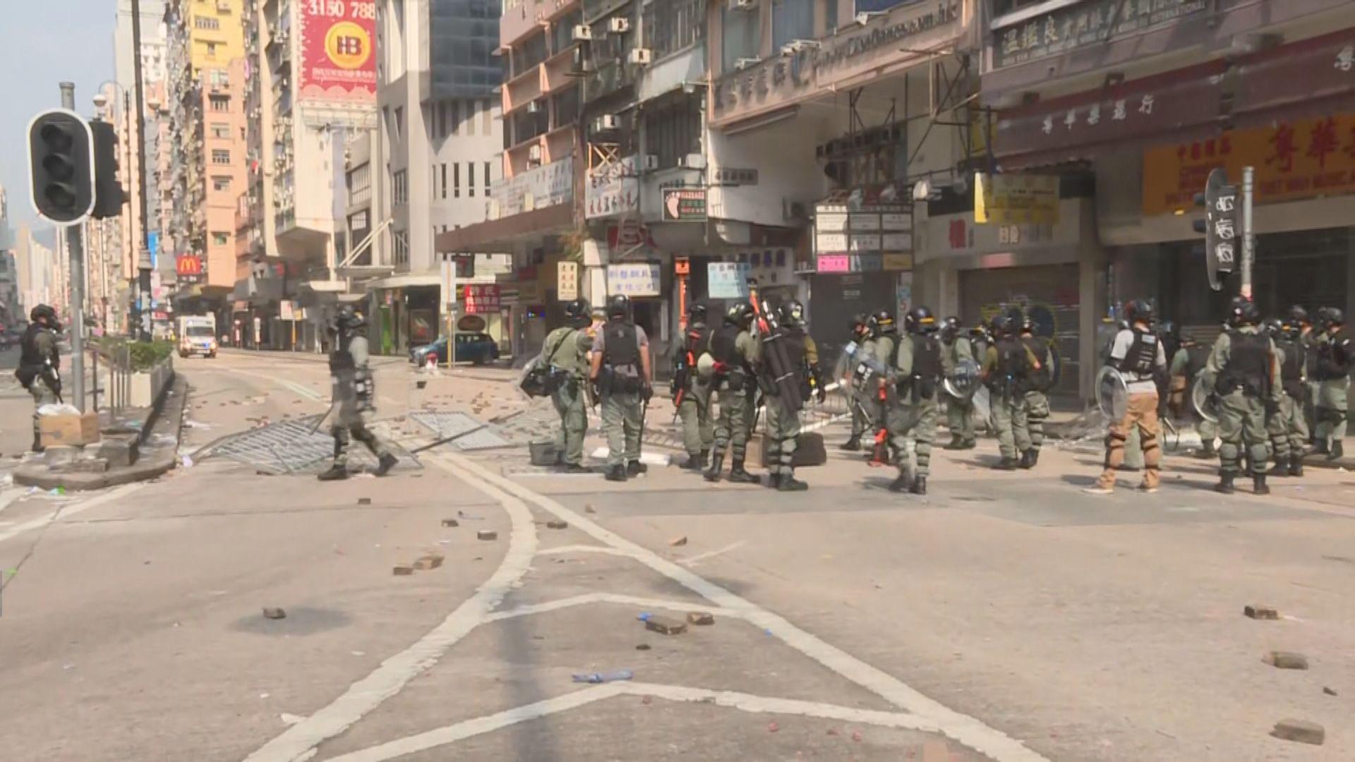 警方驅散佐敦道及加士居道交界聚集的人