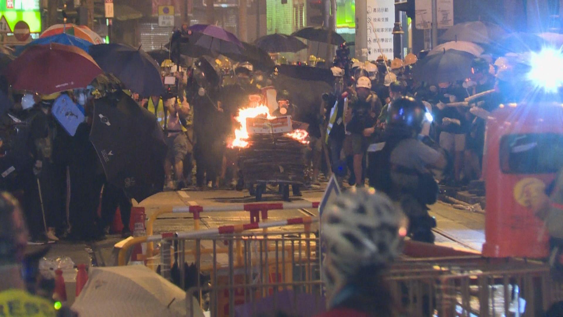 周日中西區衝突 警將落案起訴44人涉暴動