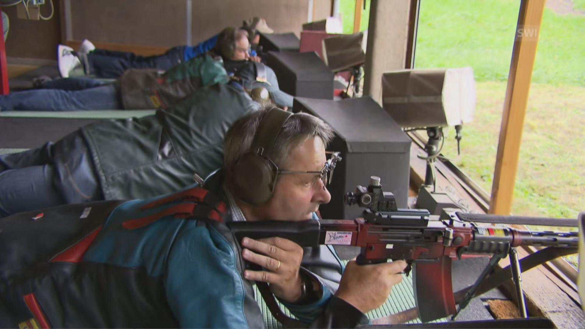 瑞士公投通過加強槍械管制