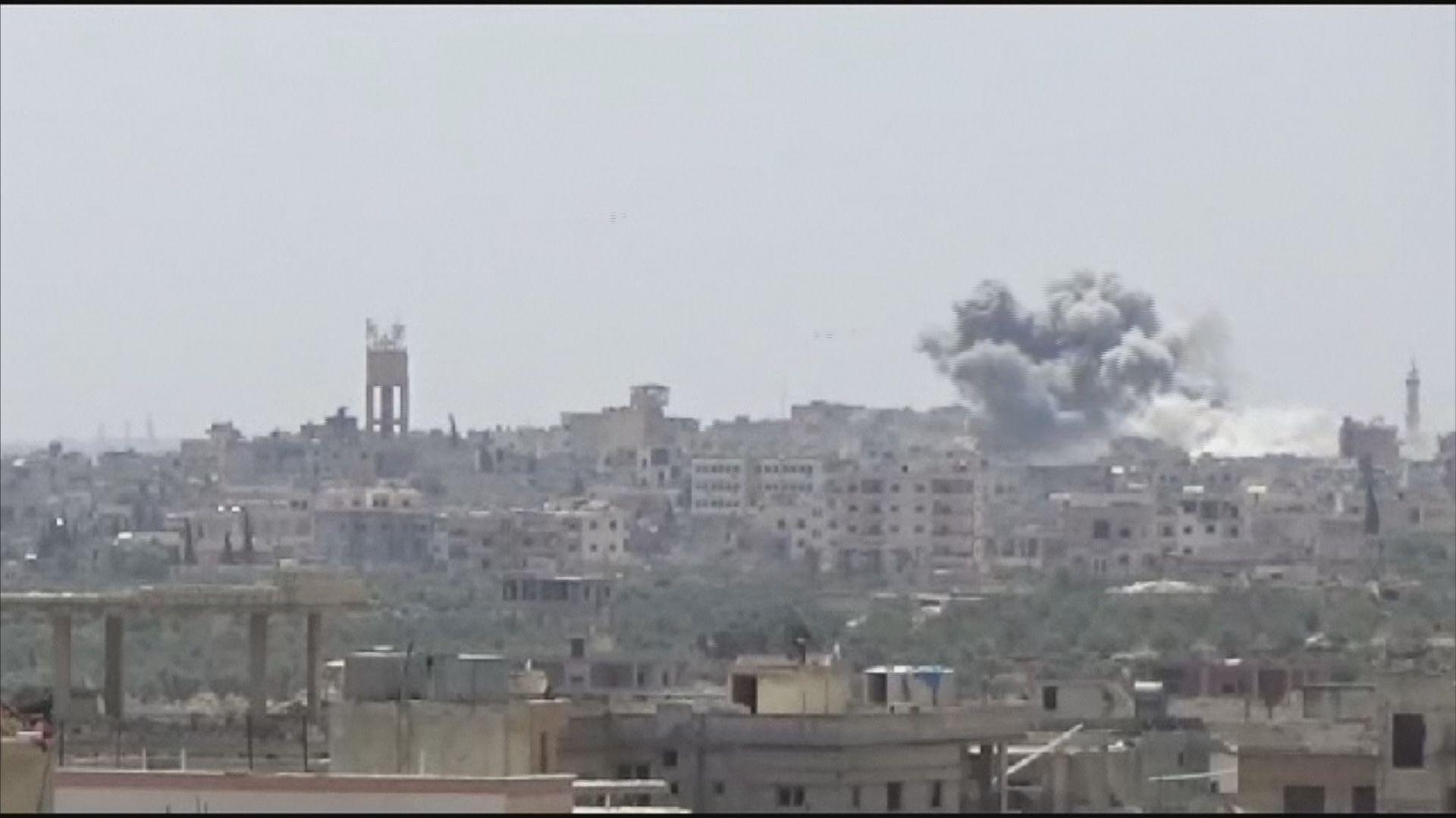 敘利亞政府軍猛烈空襲伊德利卜