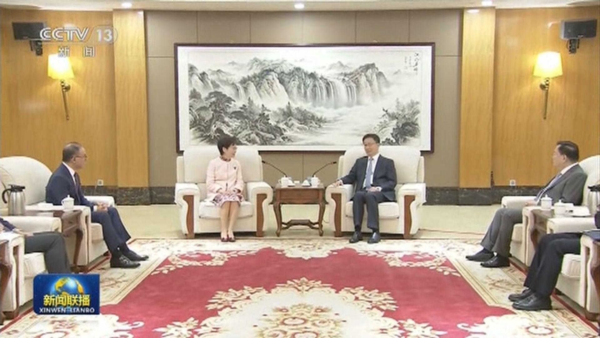 國務院副總理韓正在深圳會見林鄭月娥