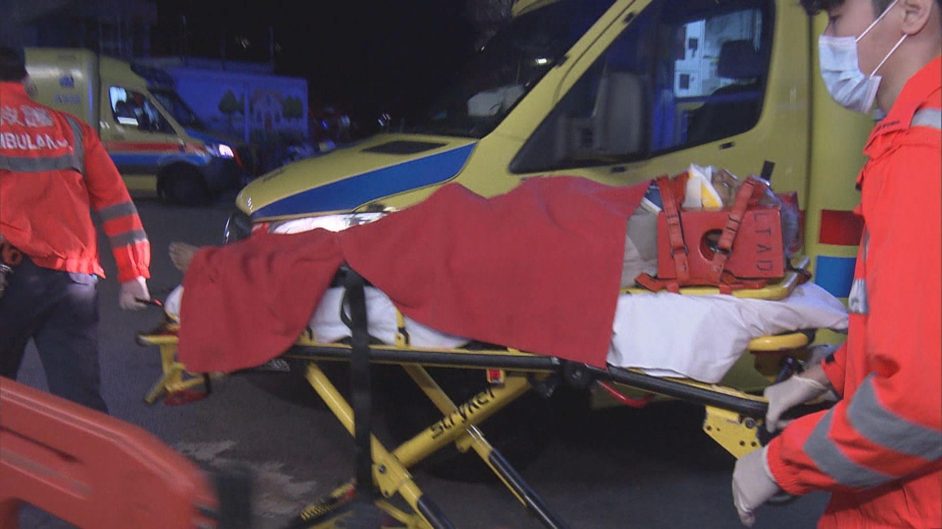 觀塘茶果嶺道的士撞倒過路老翁