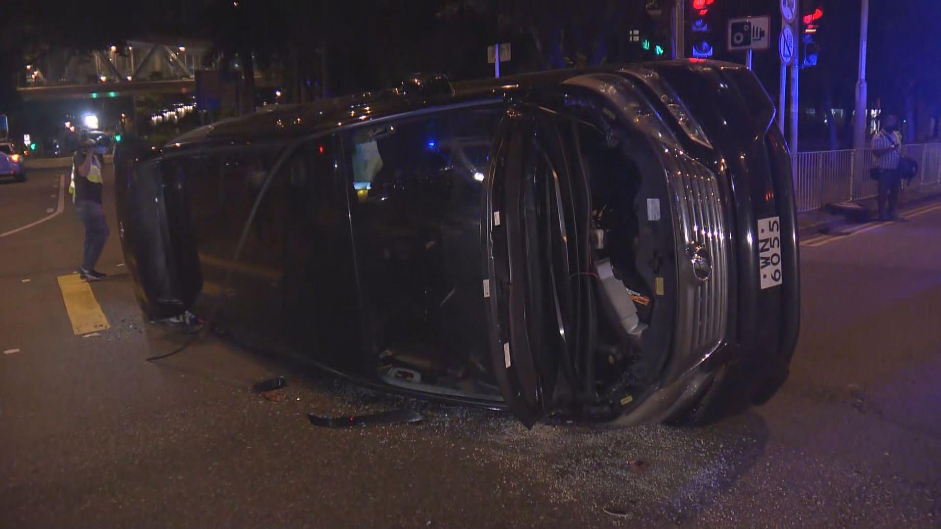 旺角兩私家車相撞釀一傷
