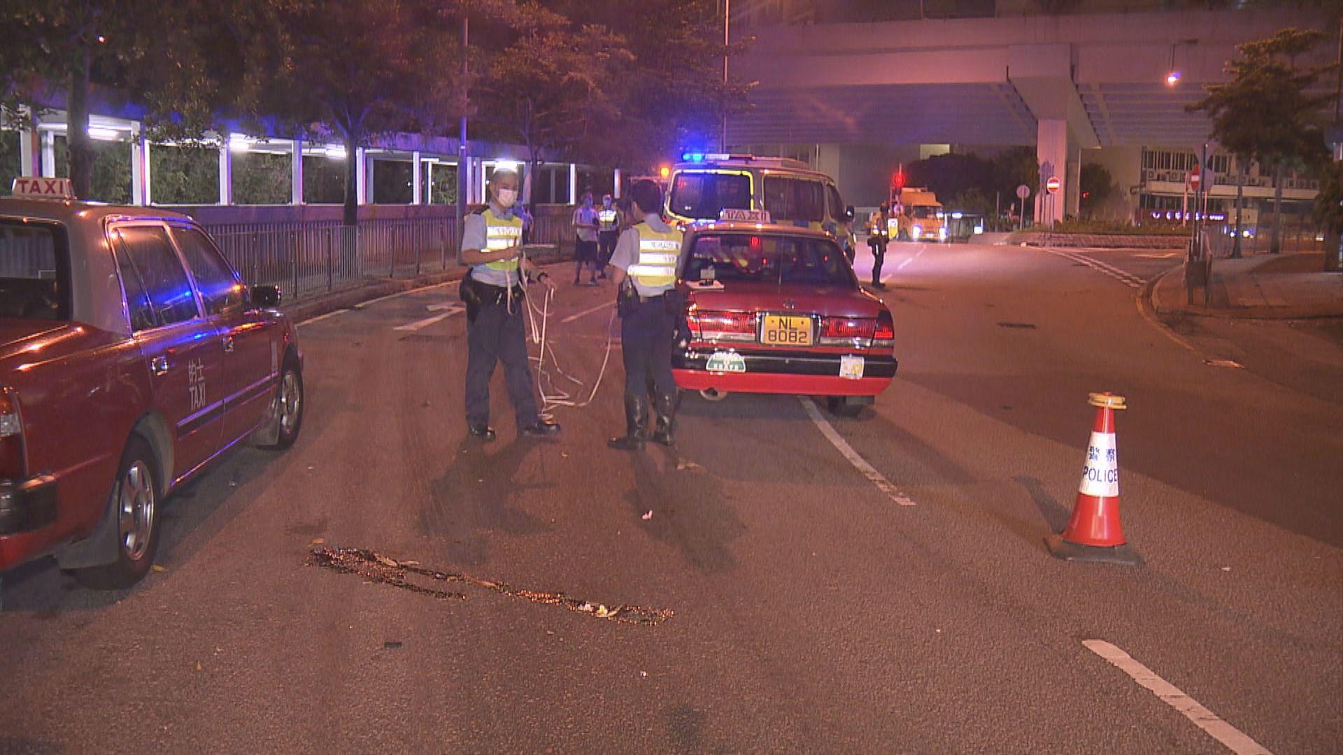 筲箕灣兩男疑車罅過馬路被的士撞傷