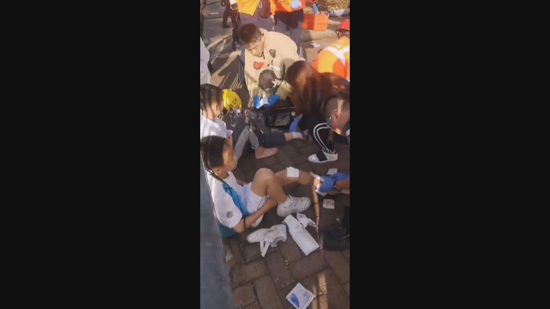 上水私家車失控剷上行人路撞傷9名師生