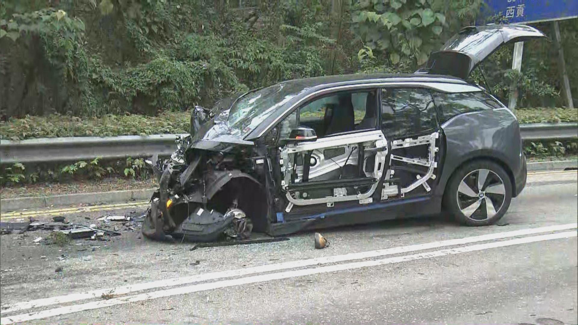 將軍澳五車相撞 至少八傷一人被困昏迷送院