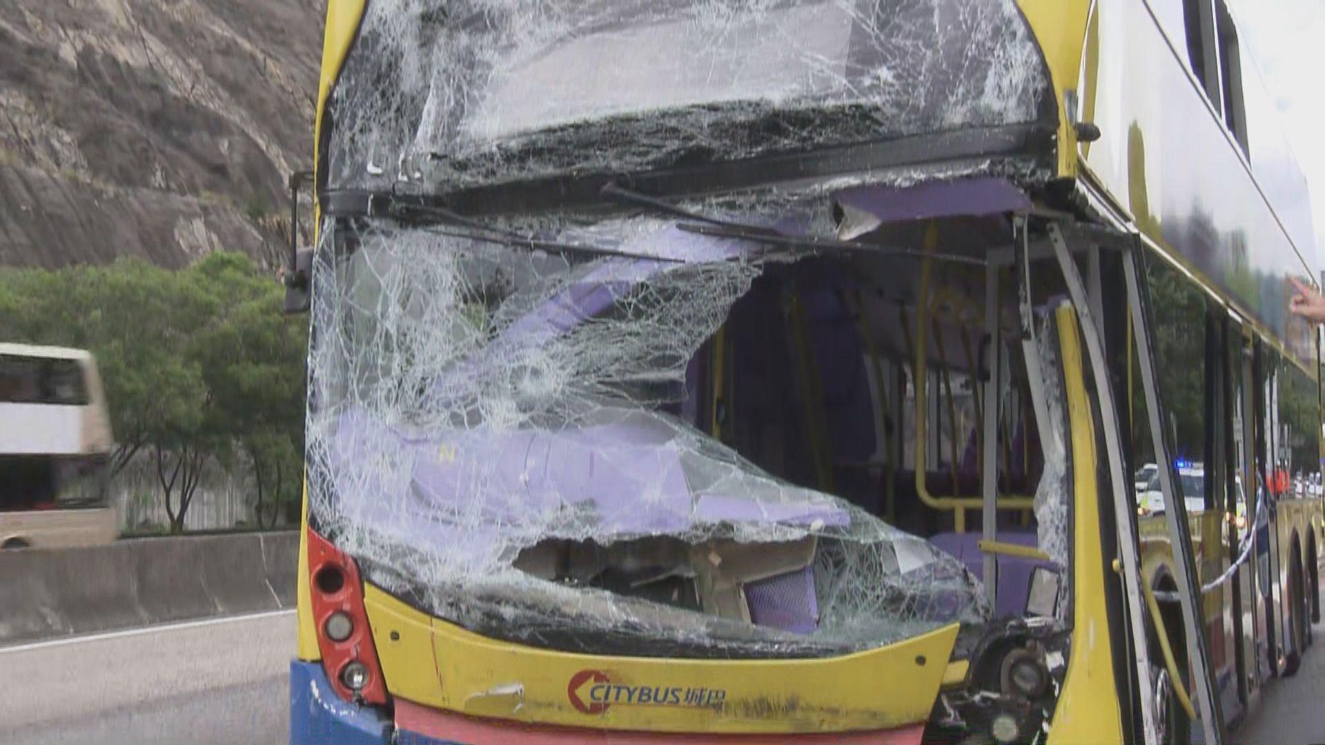 大欖隧道車禍 陳帆到瑪嘉烈醫院探望傷者