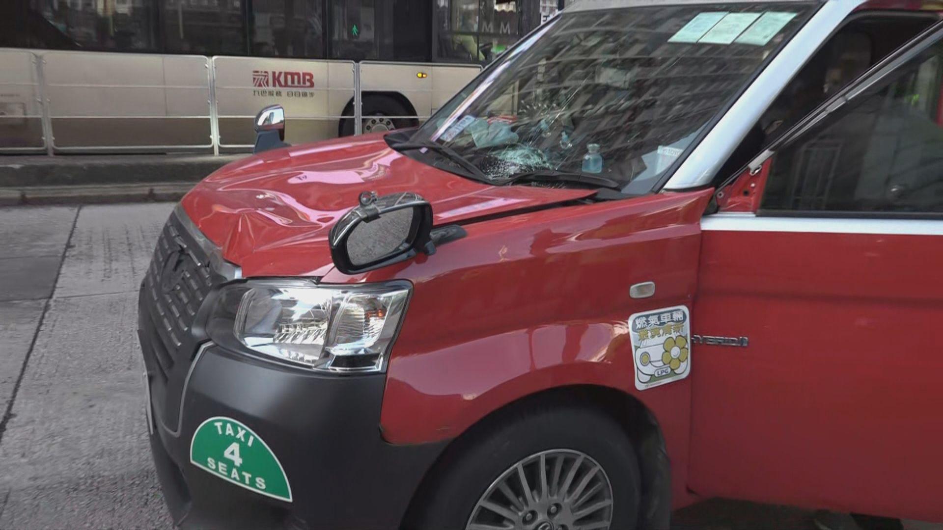 的士於油麻地撞倒過路男子 司機涉危駕被捕