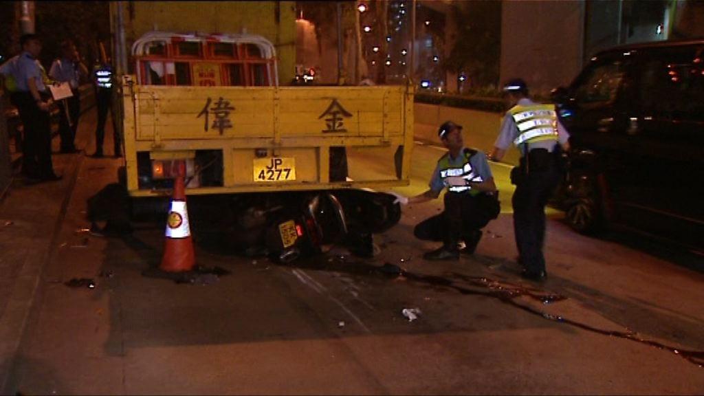 東區走廊車禍 電單車司機傷重不治