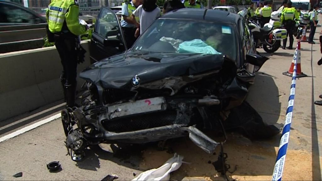 載毒品私家車長沙灣失事拘兩男子