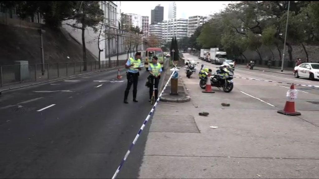 石硤尾女子遭小巴撞倒不治 司機被捕