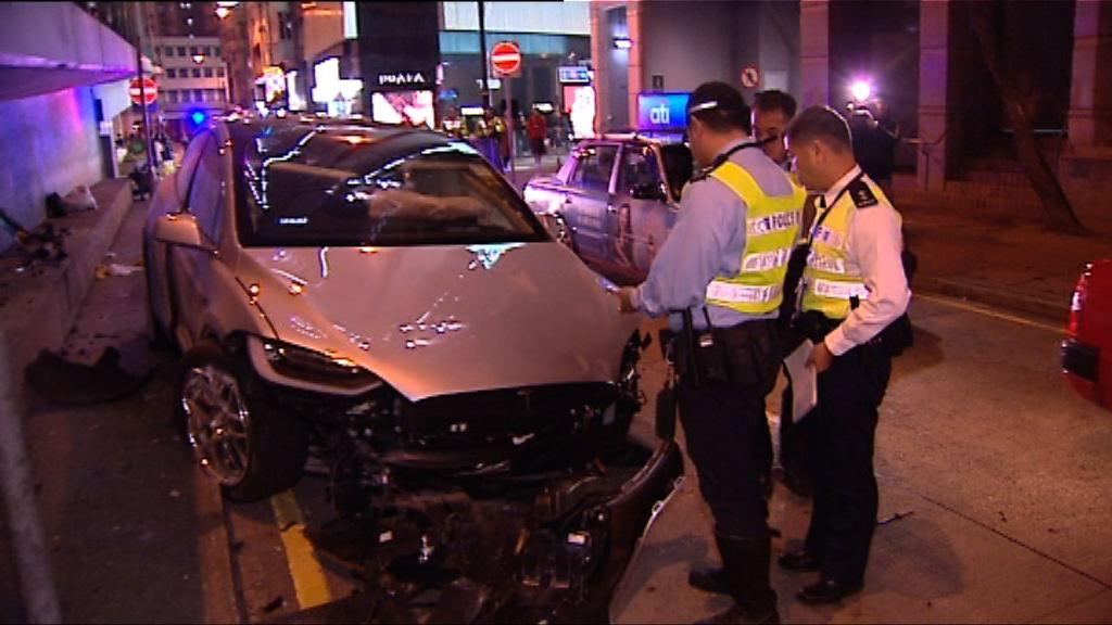 銅鑼灣男子遭私家車撞倒昏迷送院