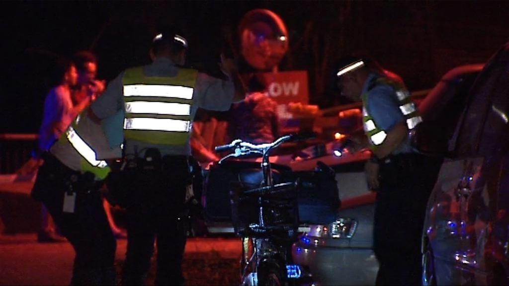 男子踏電動單車遭客貨車撞斃