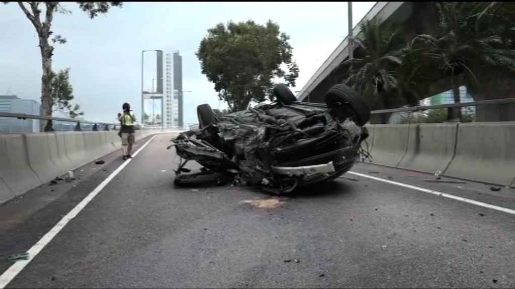 九龍灣私家車失控反轉 司機被捕