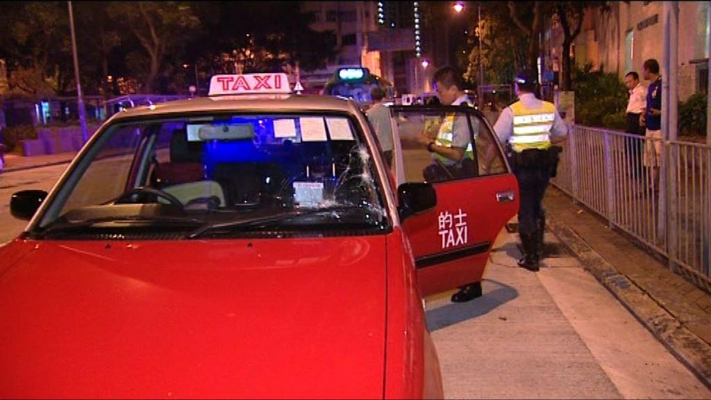 老翁被的士撞倒重傷 司機涉危險駕駛被捕