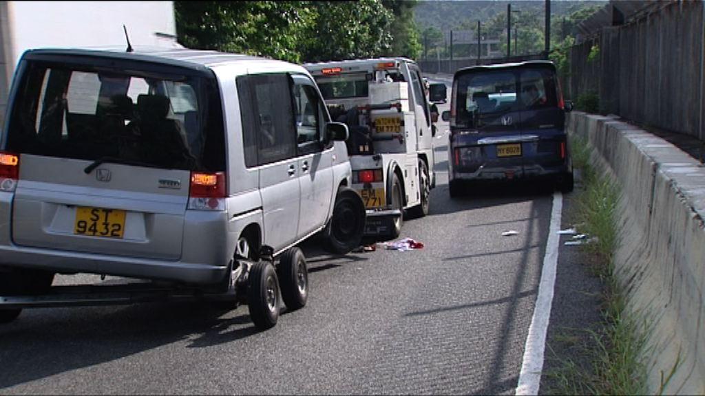 拖車司機重傷昏迷 兩私家車司機被捕