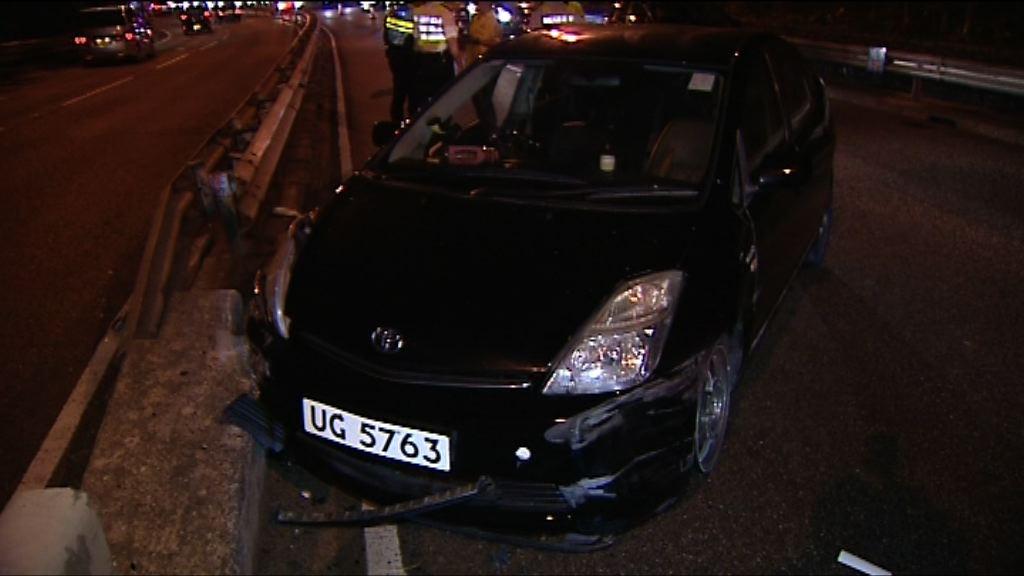 沙田私家車失控撞壆釀一死三傷