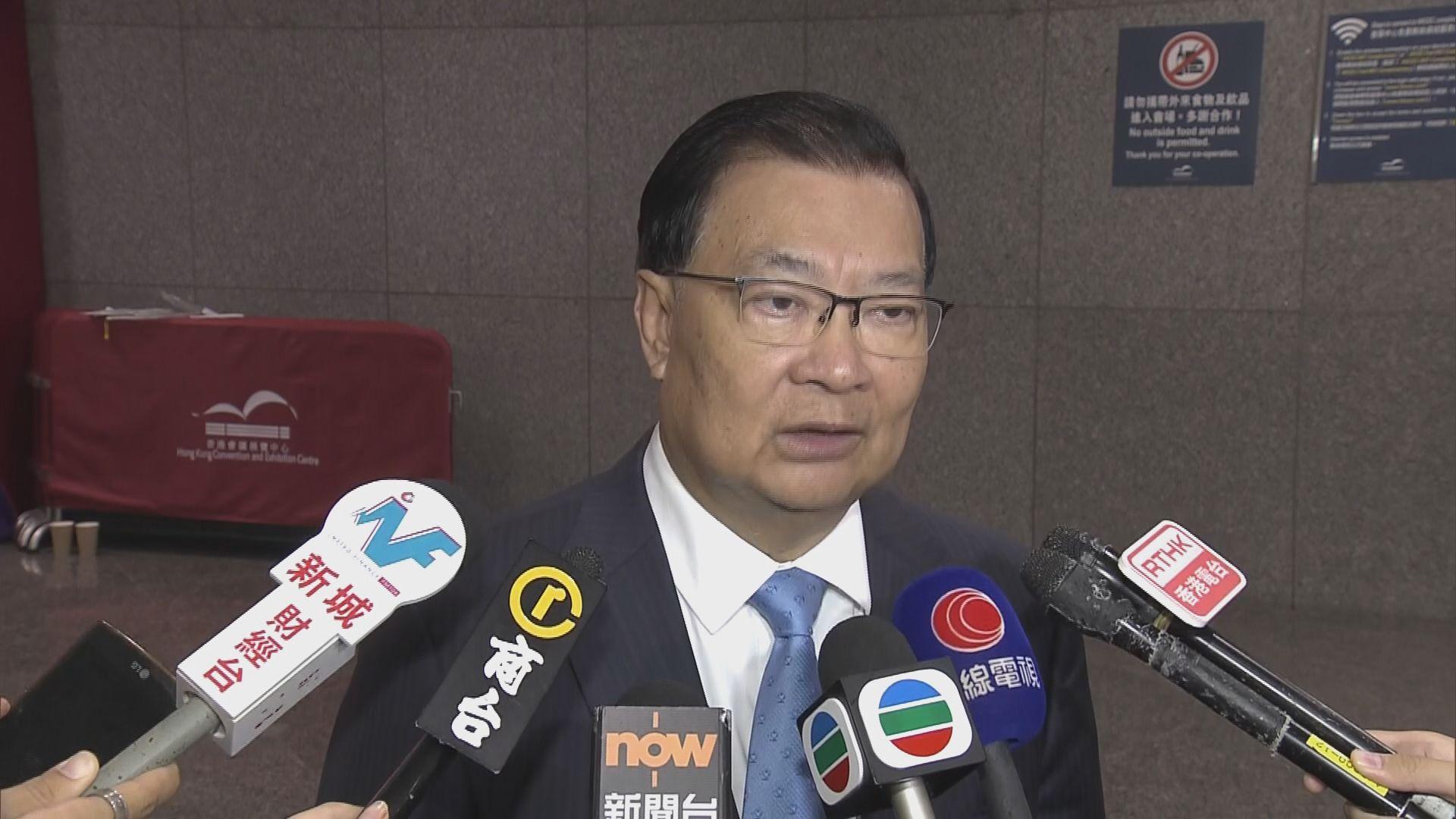 譚耀宗:正研究回鄉證升格為身份證明文件