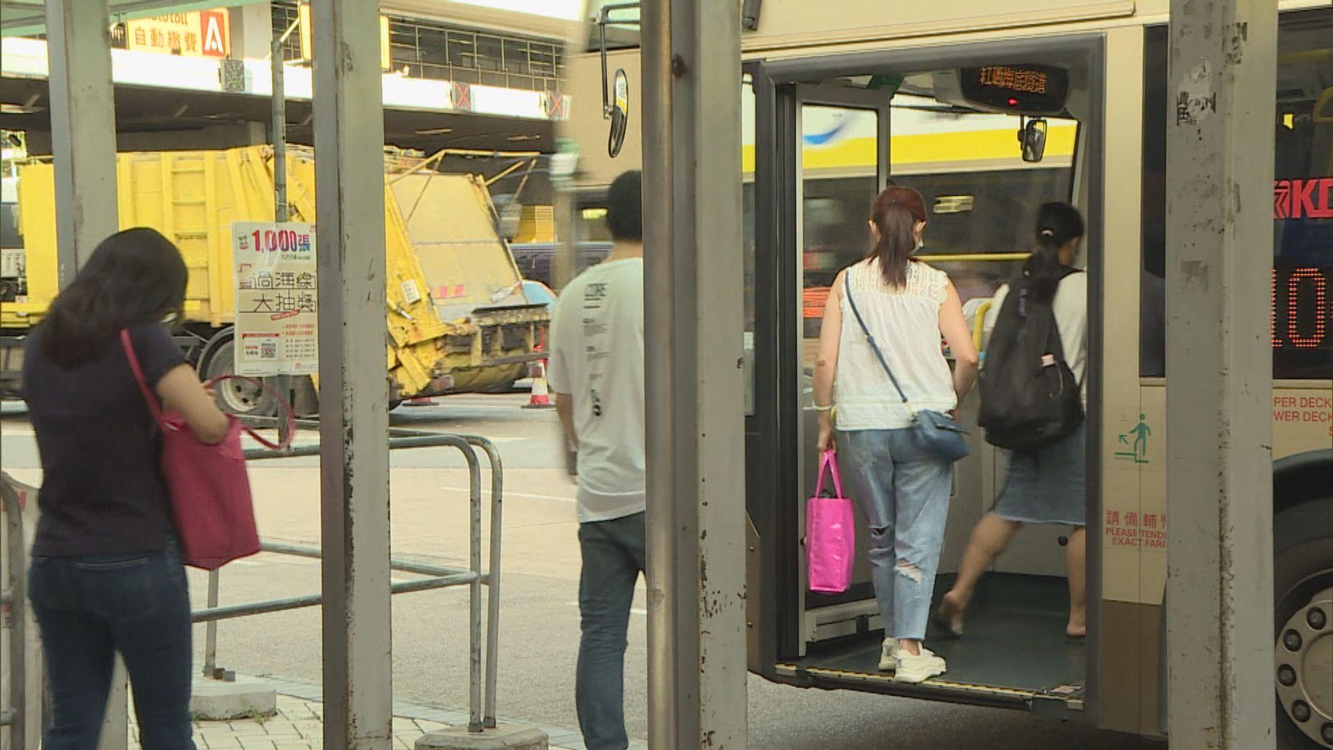 專營巴士下周二恢復18條學校區特別路線