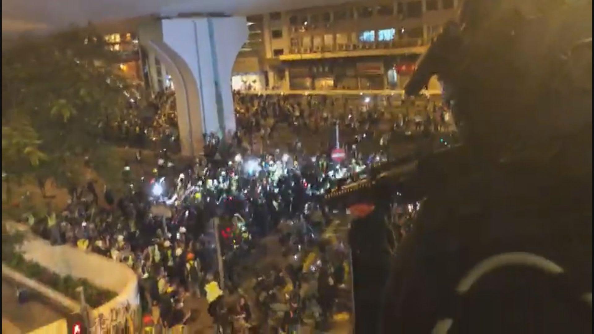 721警方上環驅散示威者未有示警橋上開槍