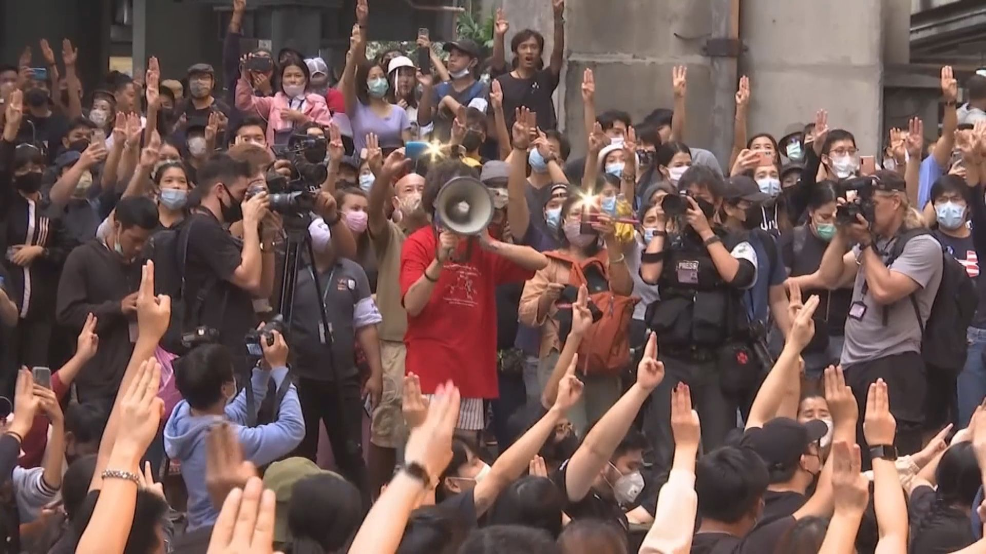 泰警方下令調查新聞媒體 指部分內容致社會動盪